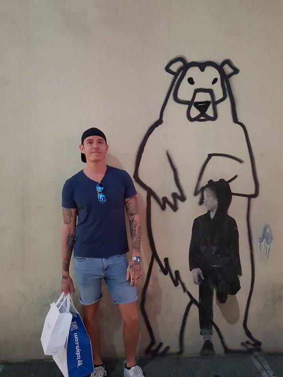 bearhund.thumb.jpg.6d05154a2f0c9f3ef6126581bf04441c.jpg